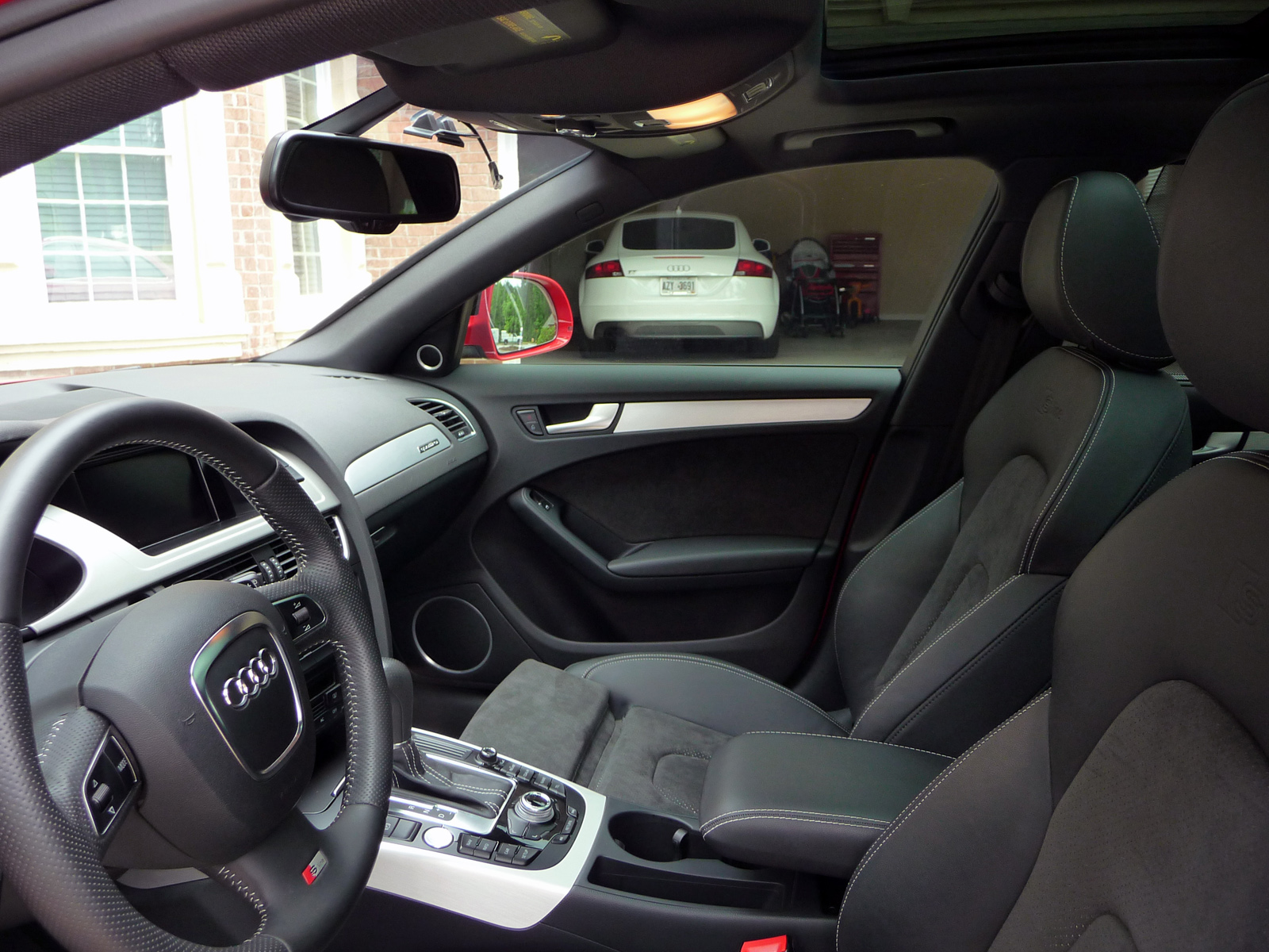 For Sale 2009 Audi A4 20t S Line Prestige Quattro Avant Fuse Box With A Dark Headliner Was To Order The