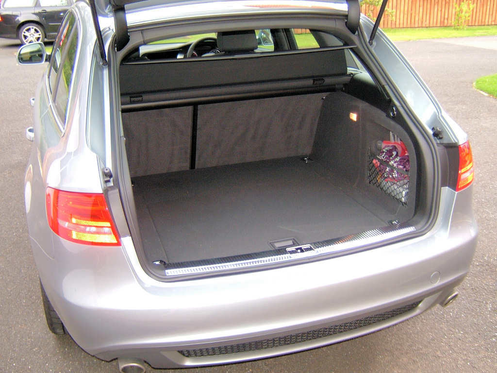 Question can the avant be equipped with a rear sunshade audiworld forums